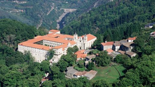 Monasterio de Santo Estevo, hoy Parador de turismo