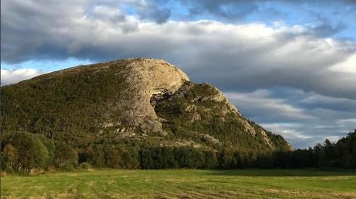 Cueva de Hanshelleren en Flatanger (Noruega)