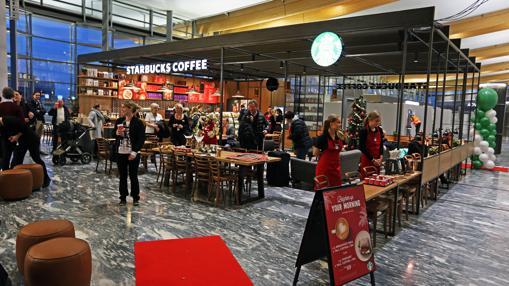 Nuevo Starbucks en la terminal del Aeropuerto de Oslo