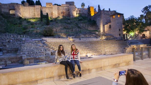 Teatro romano de Málaga, a los pies de la colina de la Alcazaba