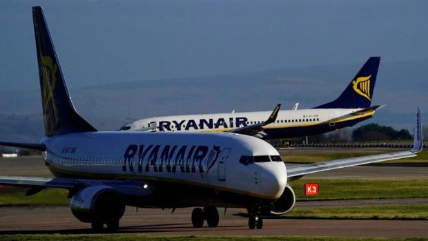 Las aerolíneas más queridas y las más odiadas por los españoles