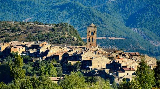 Aínsa, en las estribaciones del Pirineo Aragonés
