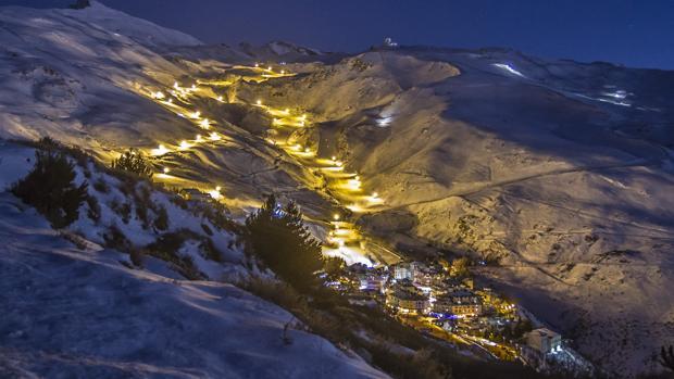 Las pistas de Sierra Nevada, iluminadas